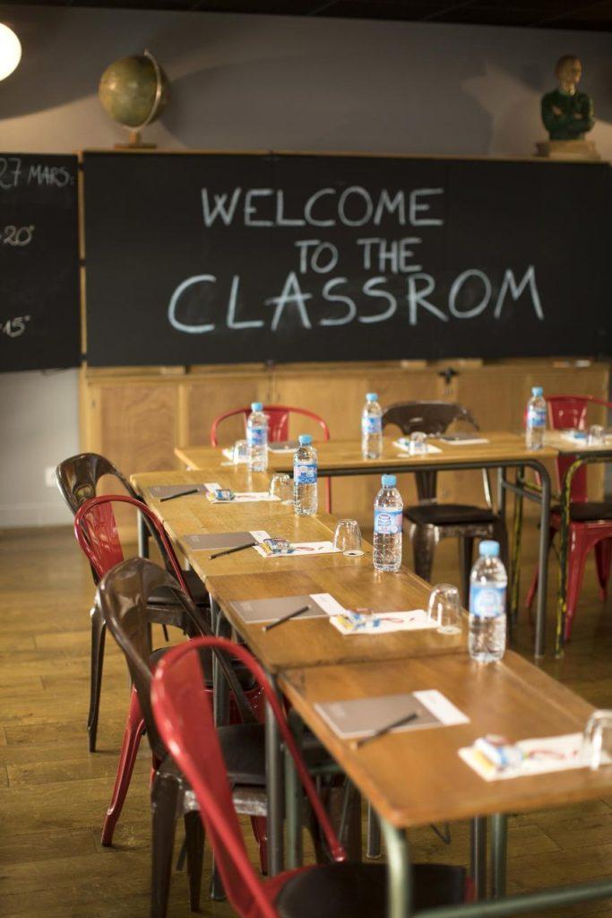 csm_college-hotel-lyon-salle-de-classe-reunion-seminaire-05_17ea49f4e8